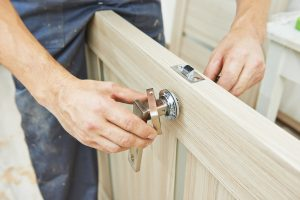 5 Reasons Why Hiring a Local Handyman is Better than Doing it Yourself